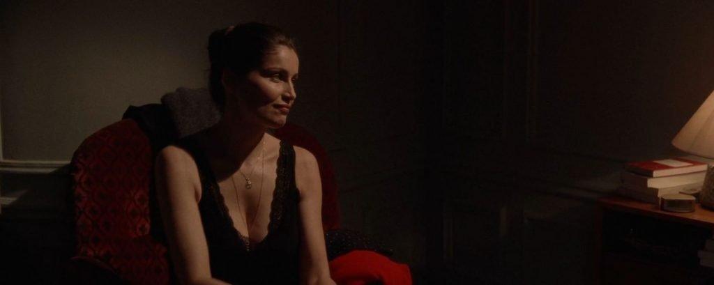 Lily-Rose Depp Topless, Laetitia Casta Sexy – L'homme fidèle (15 Pics + GIFs & Video)