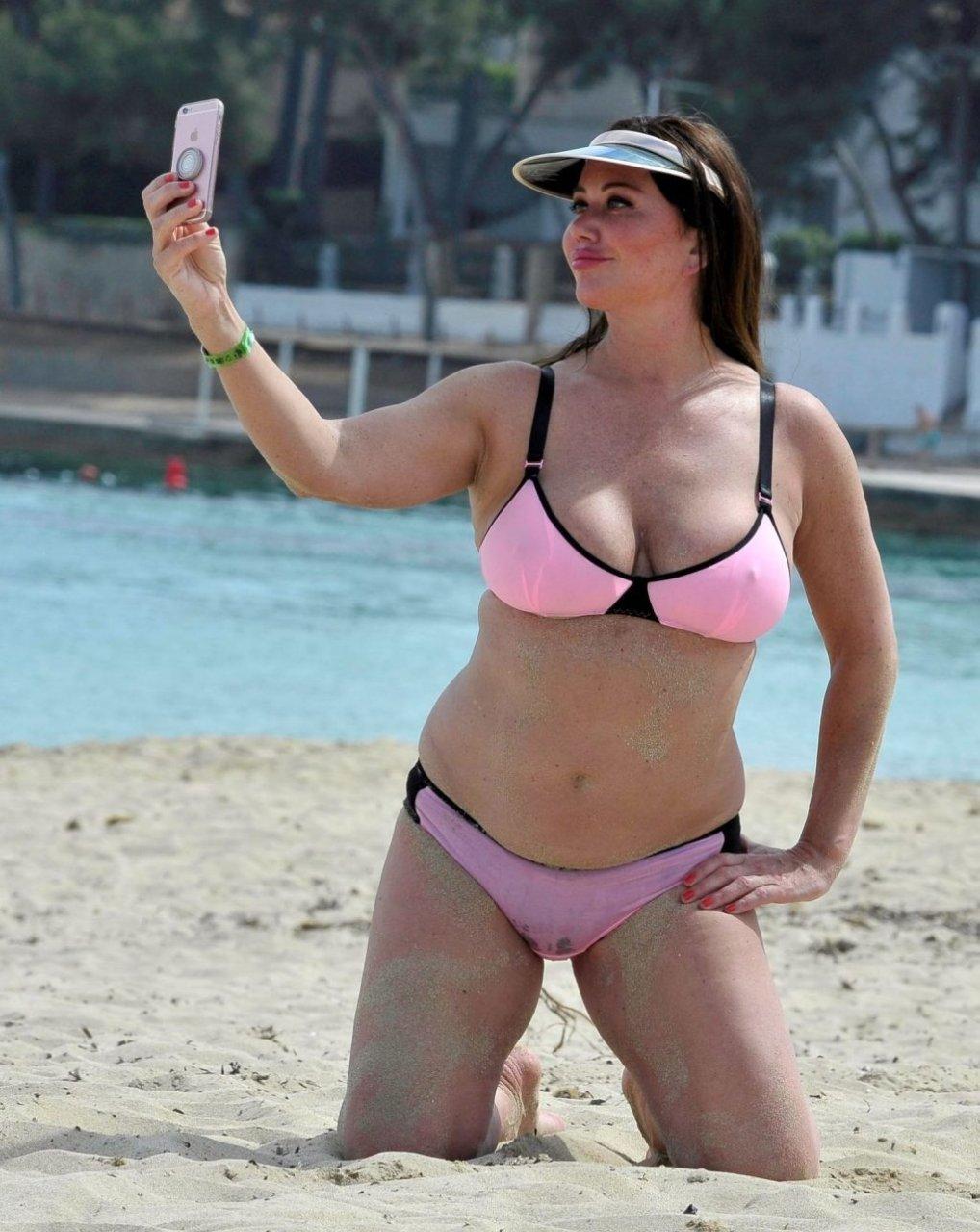 Lisa Appleton Sexy (14 Photos)