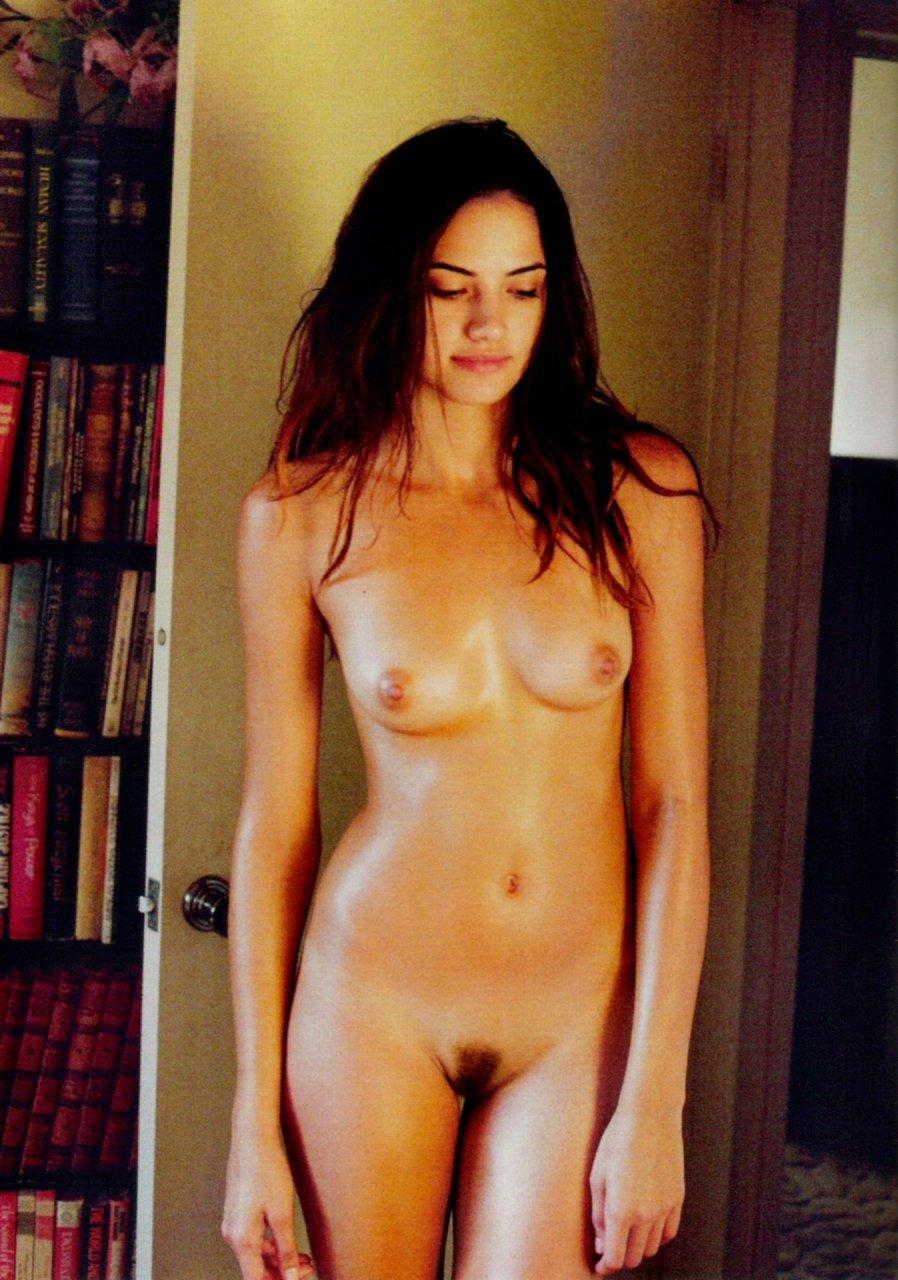 Cute girl hd naked