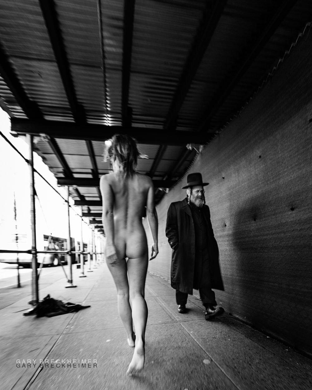 Marisa Papen (9 Nude Photos)