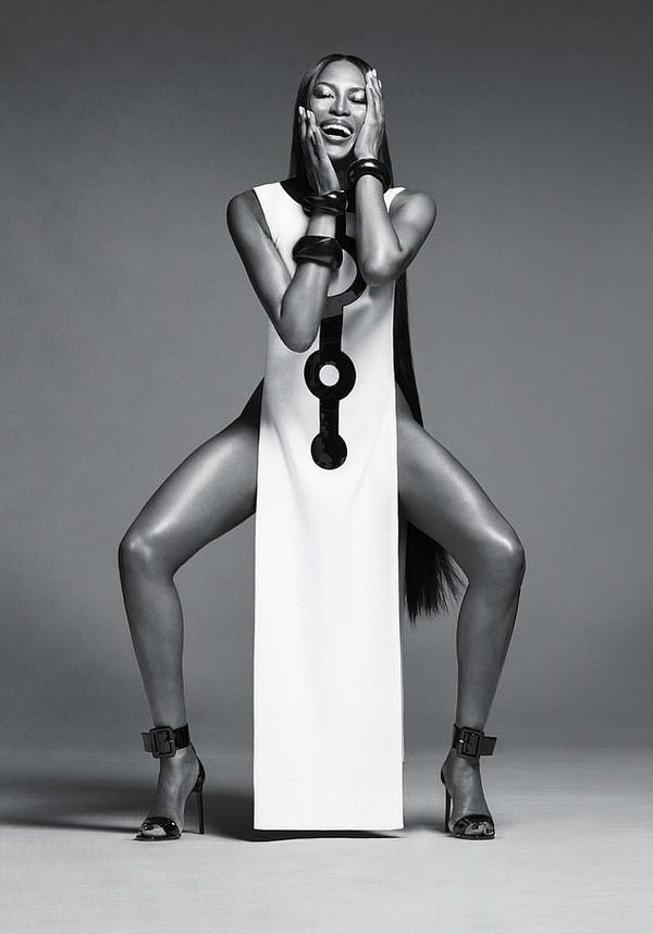Naomi Campbell Nude (9 Photos)