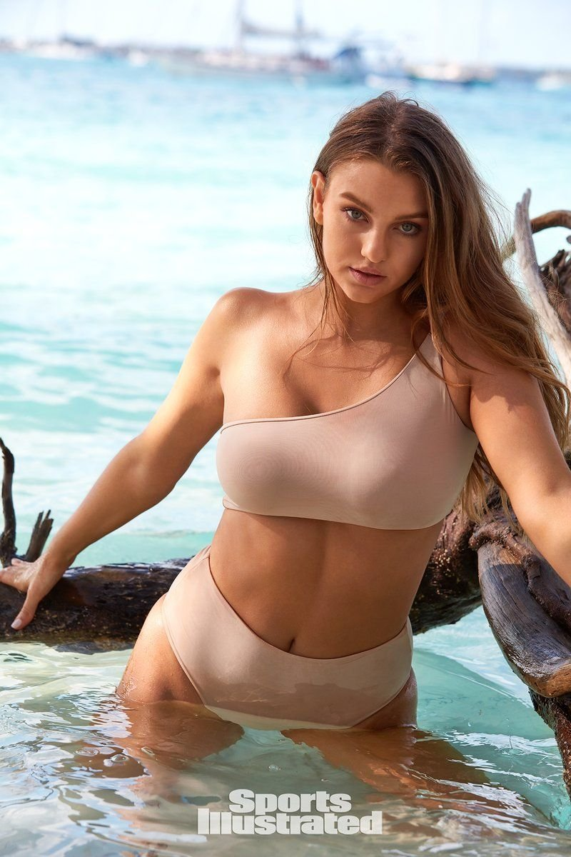 Olivia Brower Sexy & Topless (56 Photos + Video)