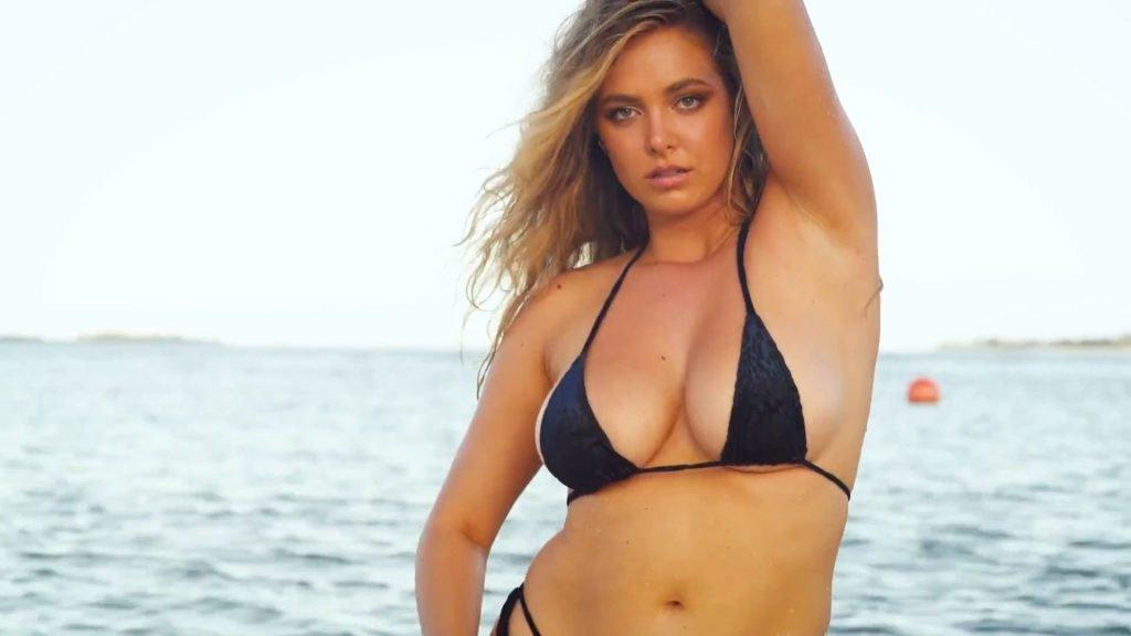 Raine Michaels Sexy & Topless (35 Photos + Video)