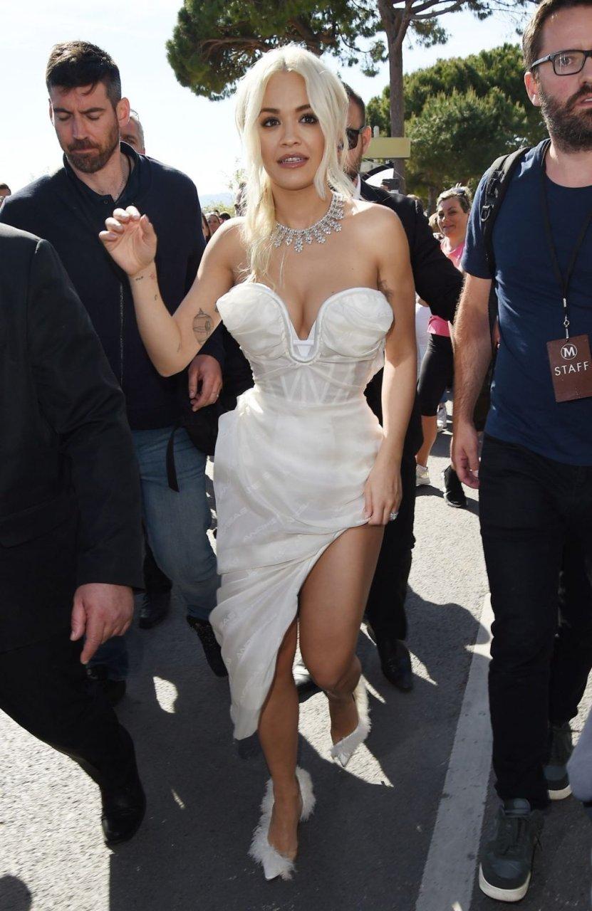 Rita Ora Sexy (106 Photos)
