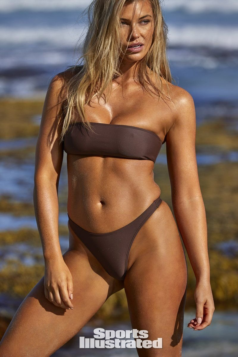 Samantha Hoopes Sexy & Topless (54 Photos + Video)