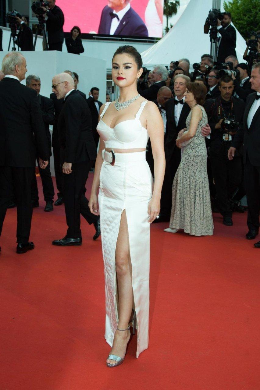 Selena Gomez Sexy (120 Photos)