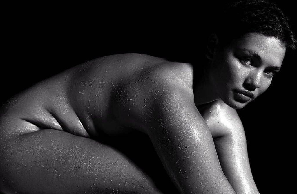Tara Lynn Nude (16 Photos)