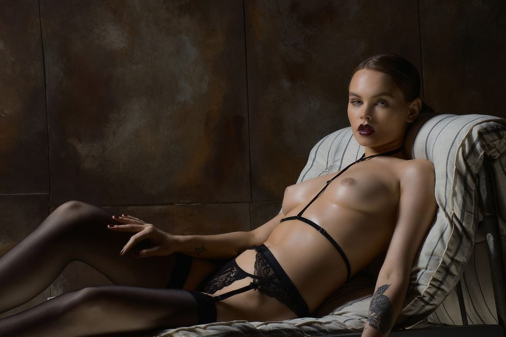 Anastasia Scheglova Nude (5 Photos)