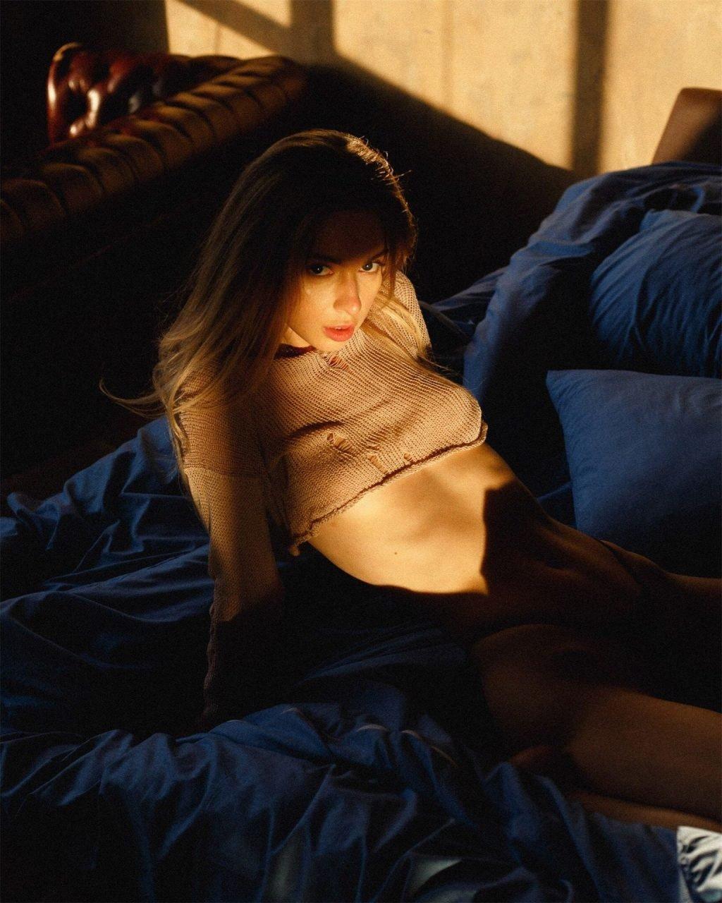 Anna Tsaralunga Nude (10 Photos)