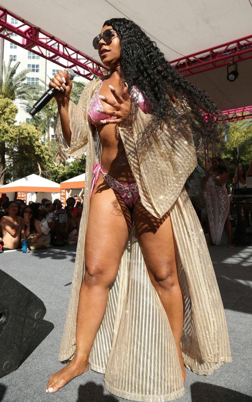 Ashanti Sexy (47 Photos + Video)