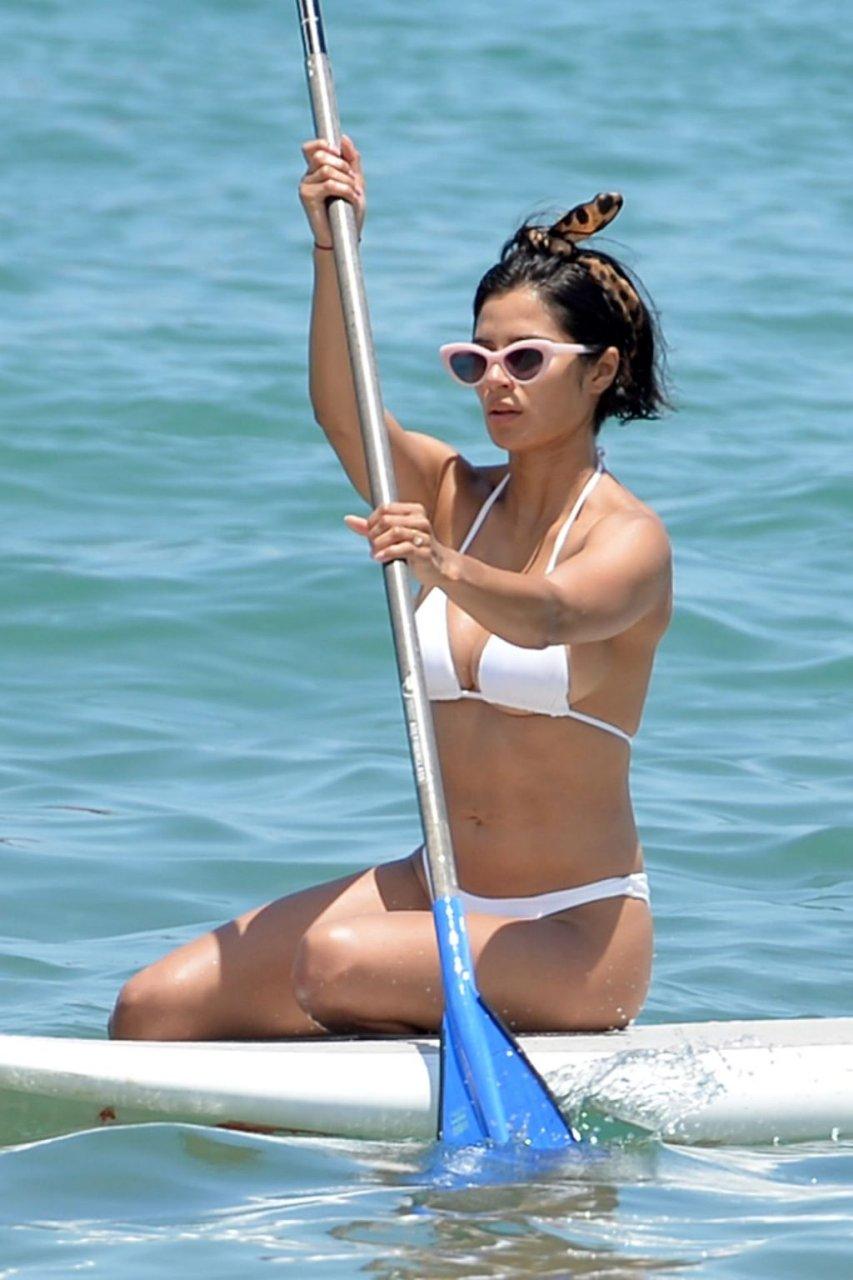 Diane Guerrero Sexy (25 Photos + Video)
