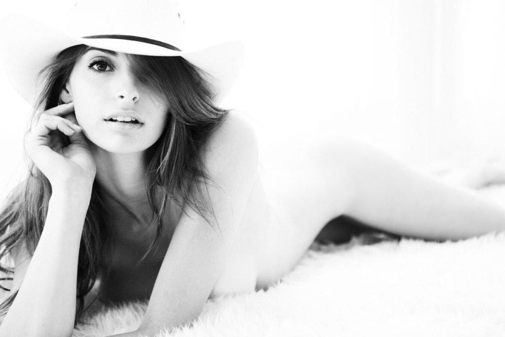 Elisabeth Giolito Nude (18 Photos)