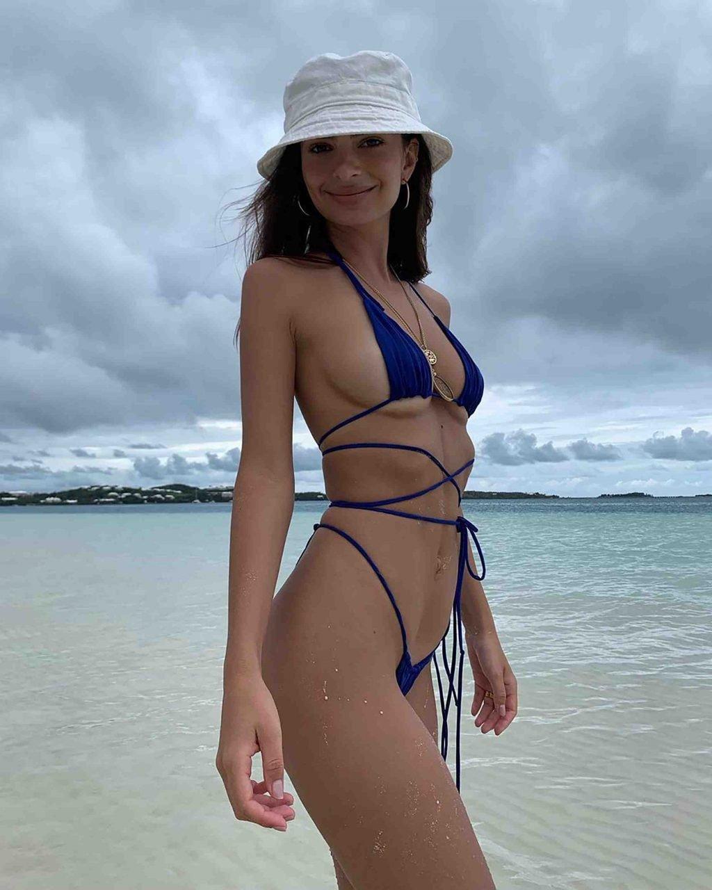 Emily Ratajkowski Sexy (2 Hot Pics)