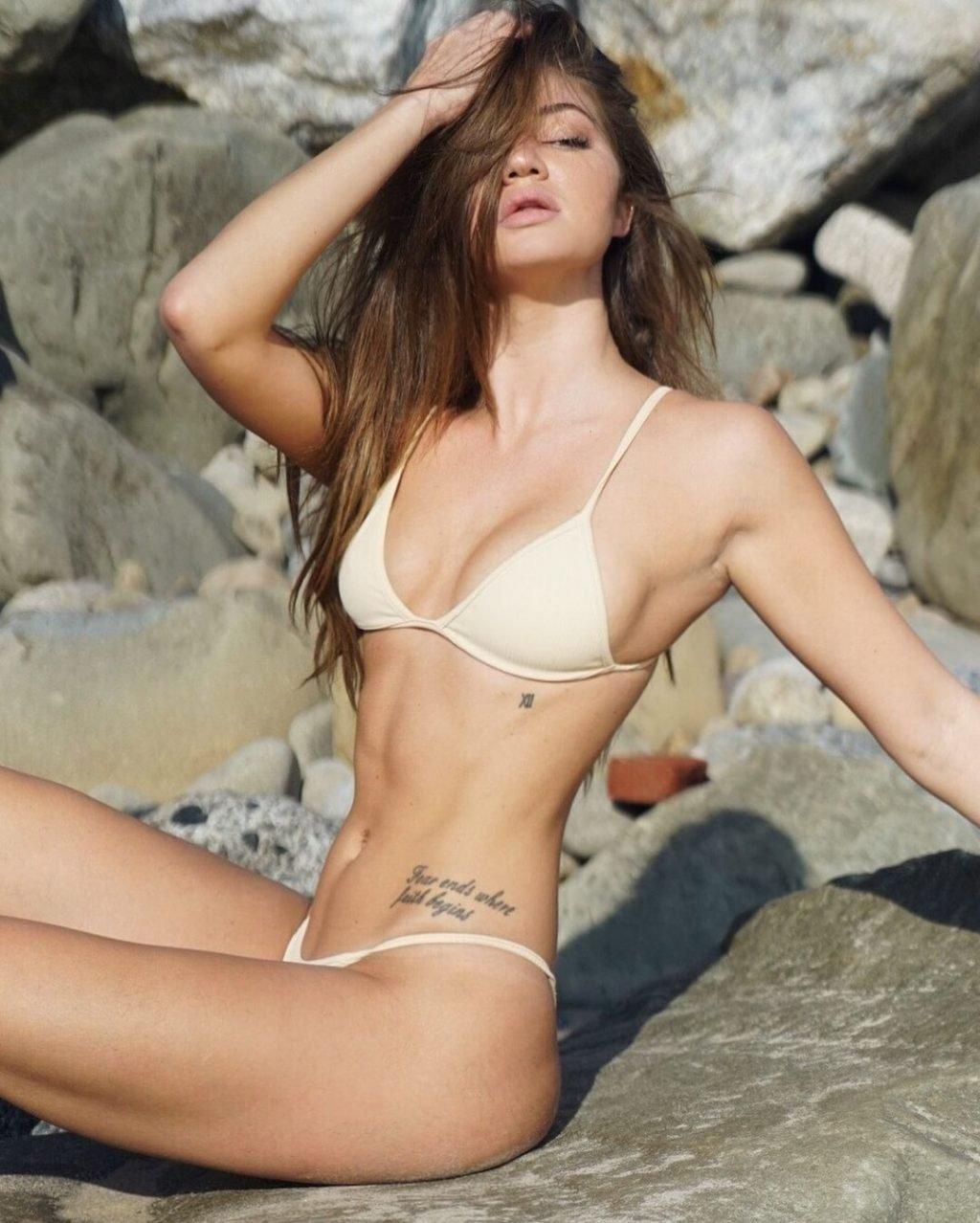 Erika Costell Sexy (106 Photos)