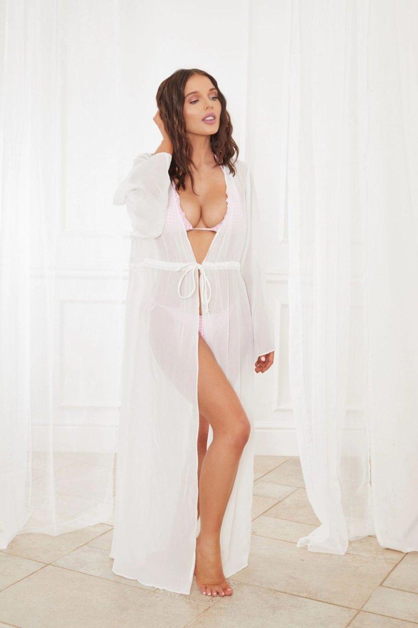 Helen Flanagan Sexy (4 Hot Photos)
