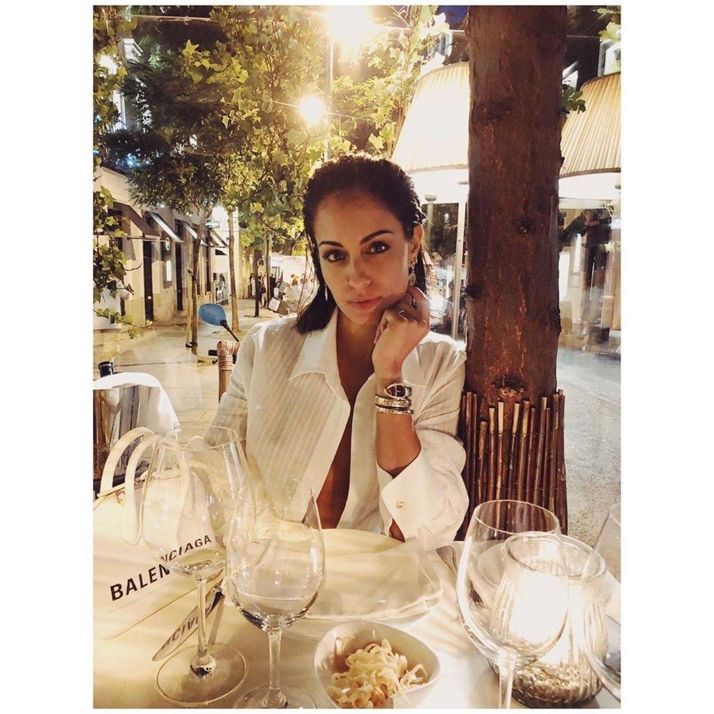 Hiba Abouk Braless (11 Photos)   #TheFappening