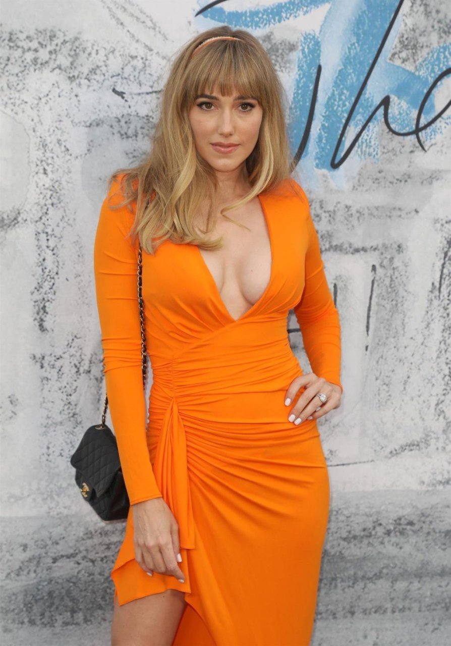 Jacqui Ainsley Ritchie Sexy (58 Photos)