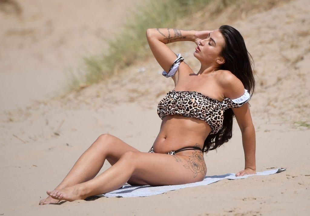 Jenny Thompson Sexy (29 Photos)