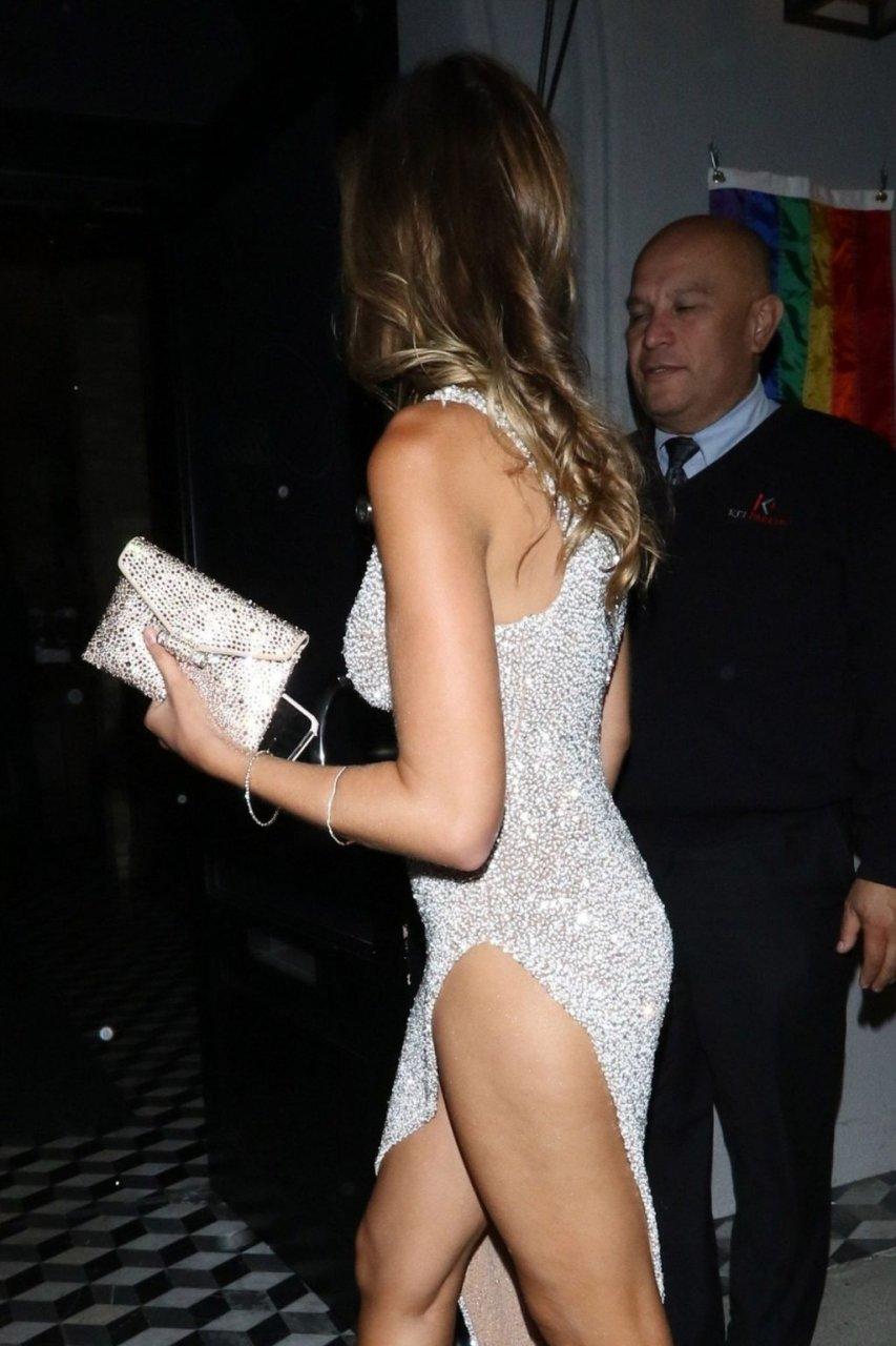 Kara Del Toro Sexy (46 Photos + Video)
