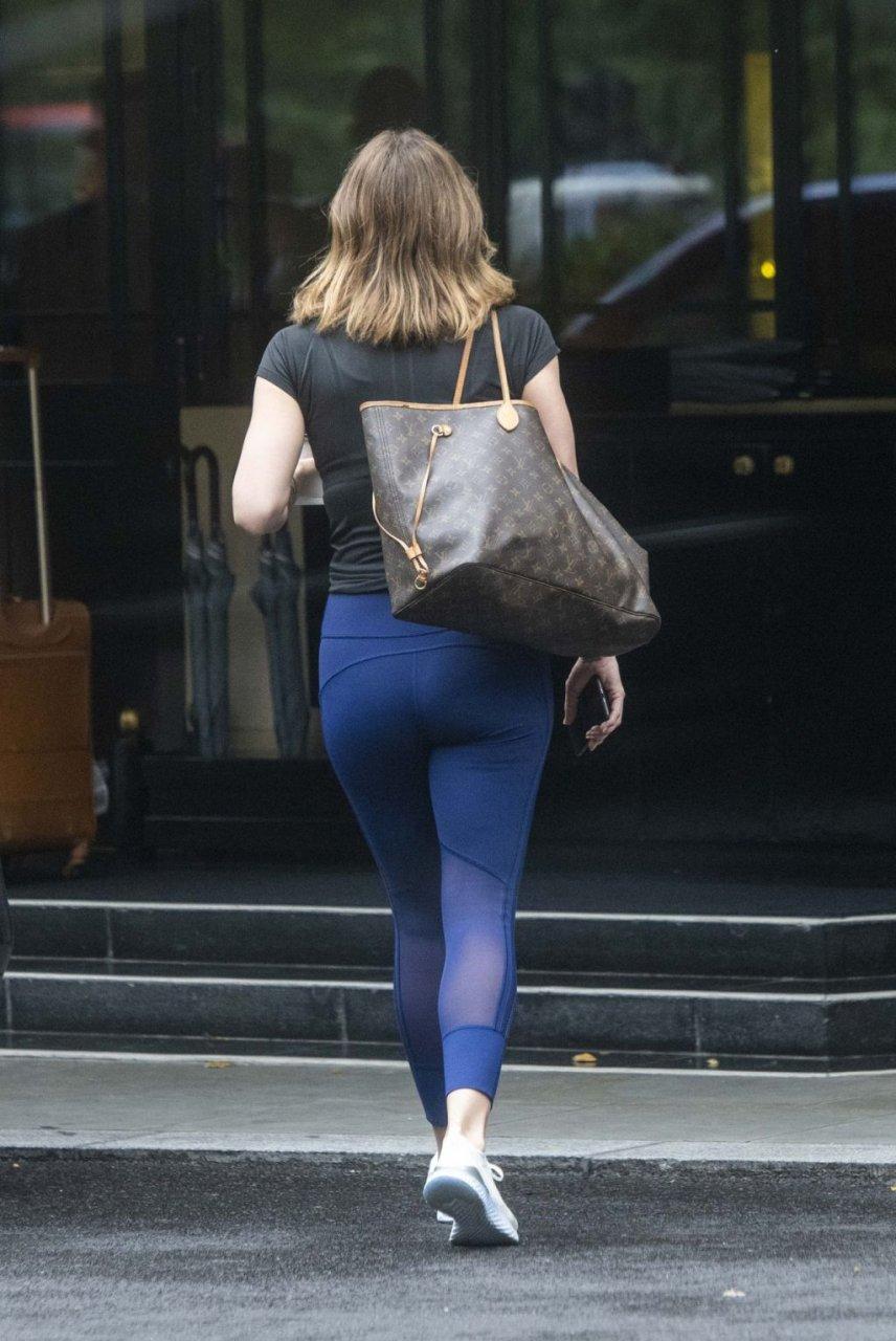 Katharine McPhee Sexy (27 Photos)