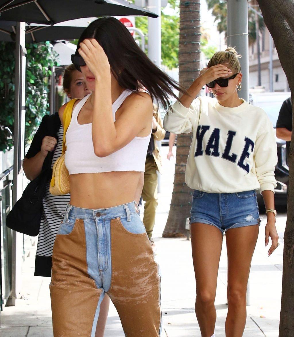 Kendall Jenner & Hailey Baldwin Sexy (75 Photos)