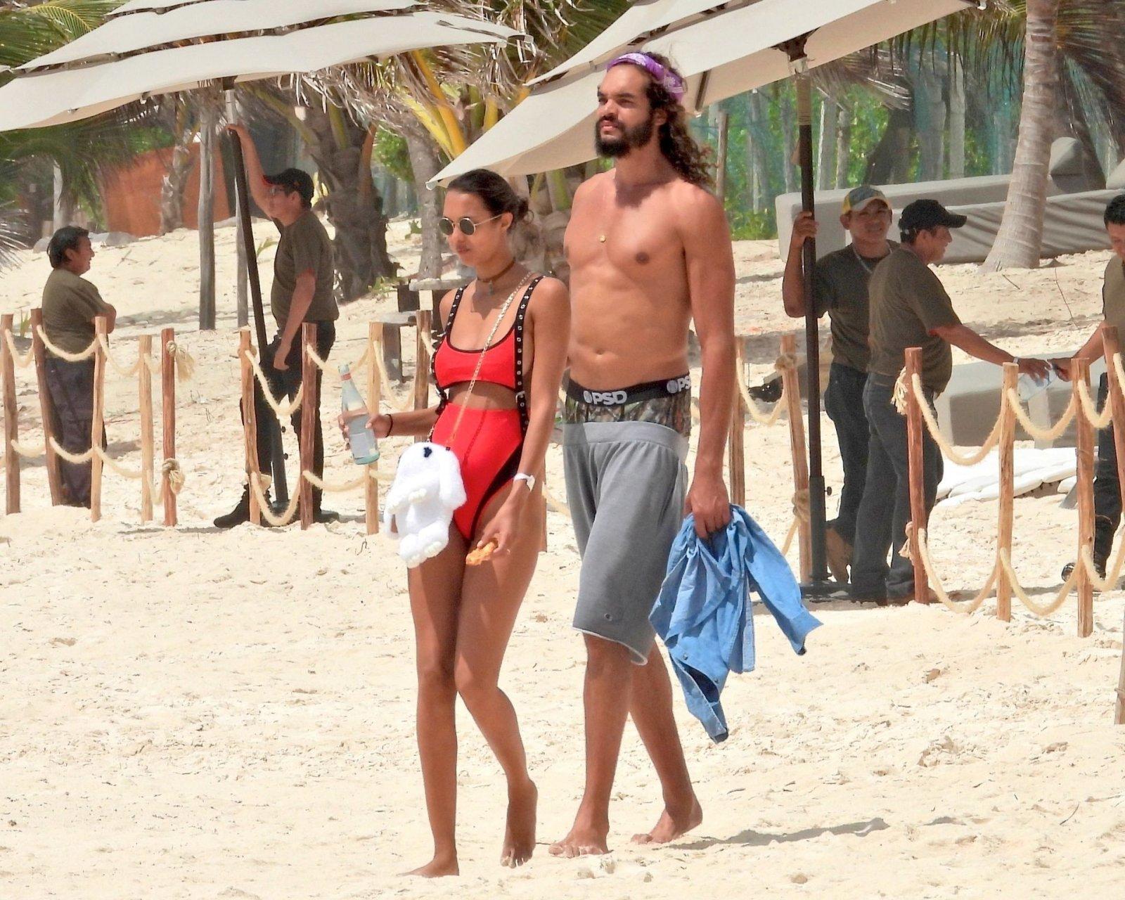 Joakim Noah Wife Naked Beach - Lais Ribeiro Sexy (24 Photos)   #TheFappening