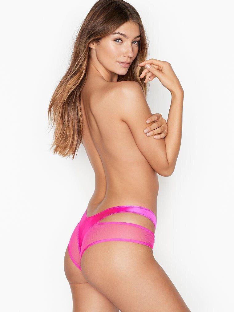 Lorena Rae Sexy & Topless (31 Photos)