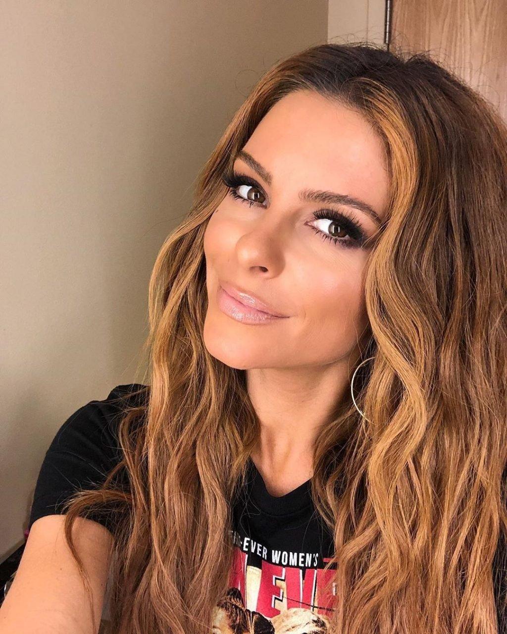 Maria Menounos Sexy (67 Photos)