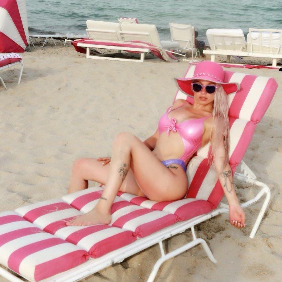 Mariahlynn Sexy (26 Photos)