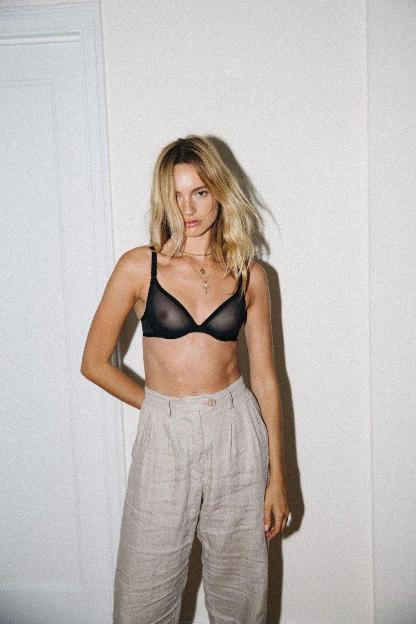 Maya Stepper, Melodie Monrose See Through & Sexy (20 Photos)
