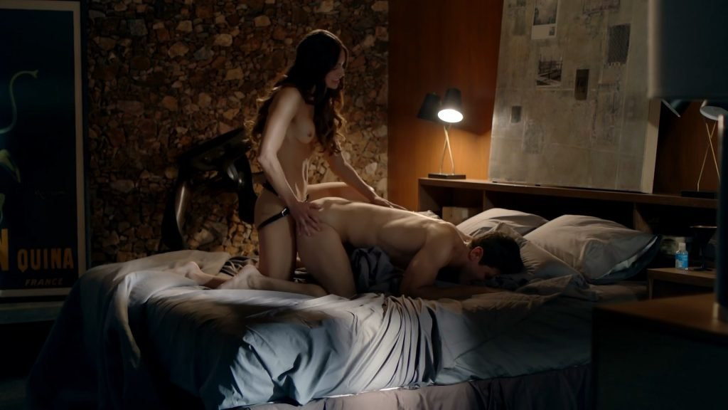 Melissa Barrera Nude – Vida (4 Pics + GIF & Video)