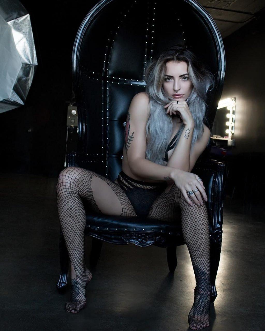 Miss Angeliquew Nude & Sexy (63 Photos + Video)