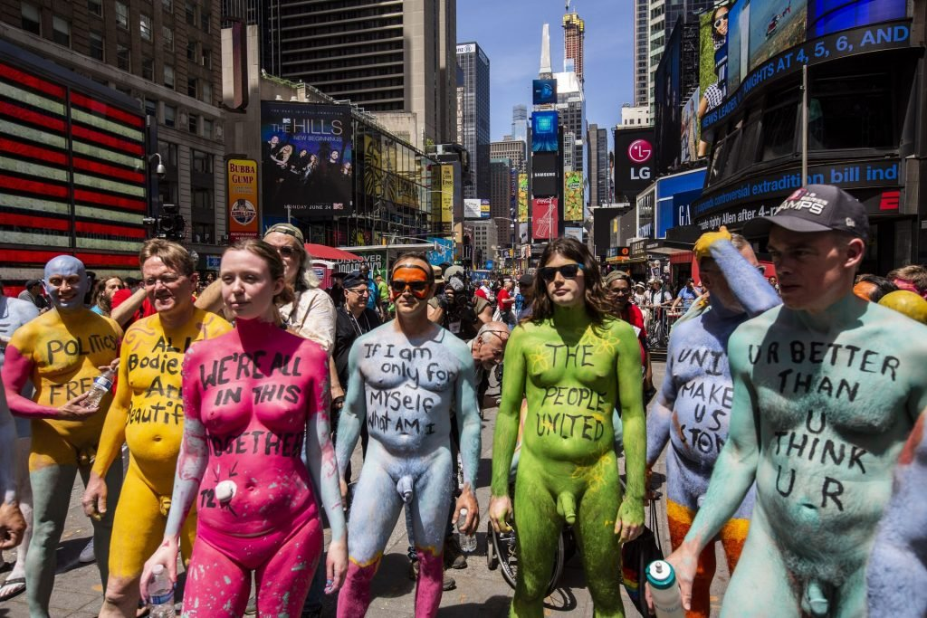 Naked Protest Against Divisiveness (46 Photos)