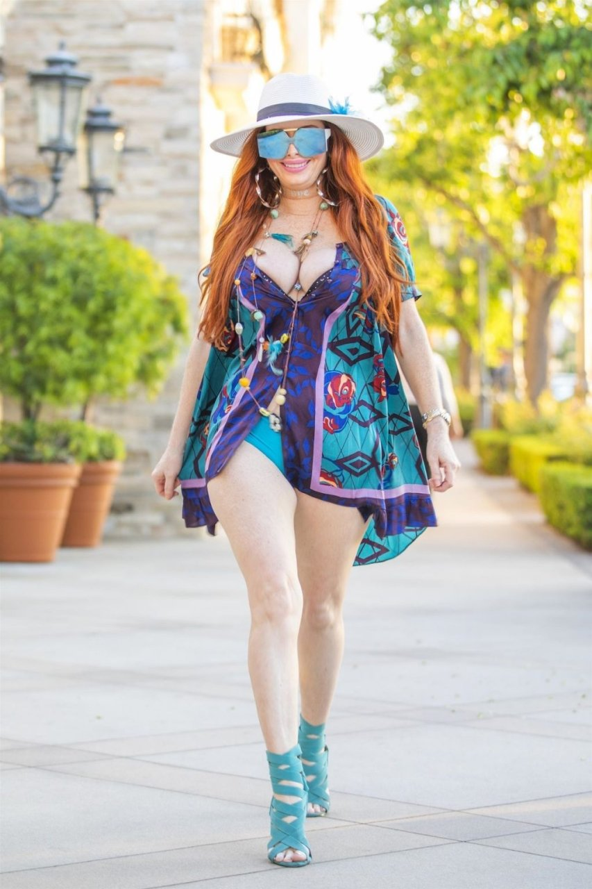 Phoebe Price Sexy (14 New Photos)