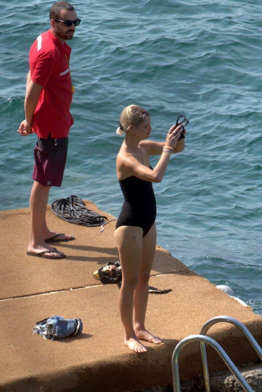 Pixie Geldof Sexy (30 Photos)
