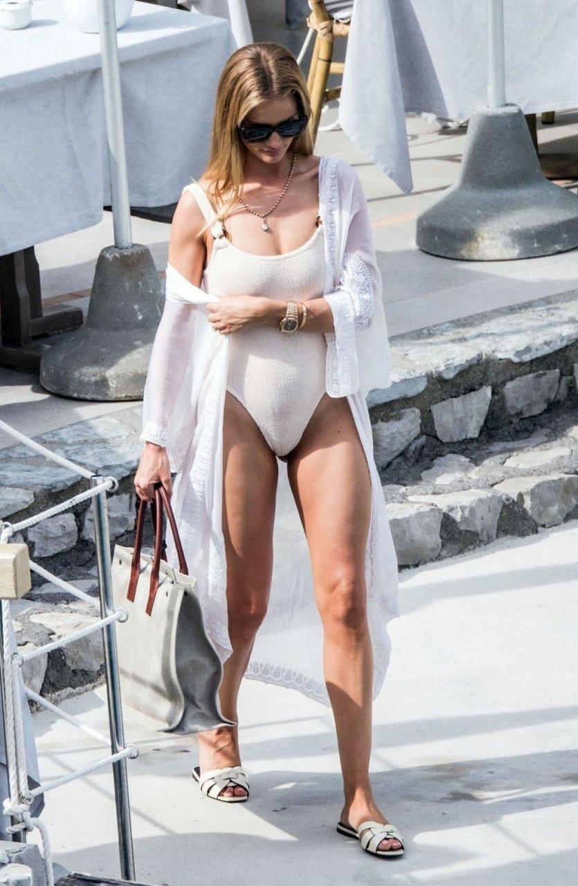 Rosie Huntington-Whiteley Sexy (15 Photos)