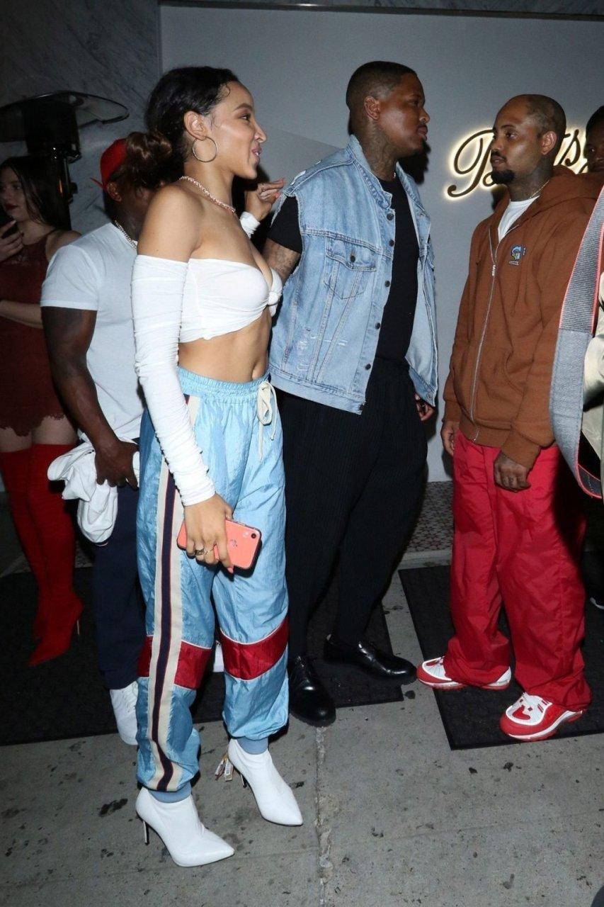 Tinashe Sexy (16 Photos)