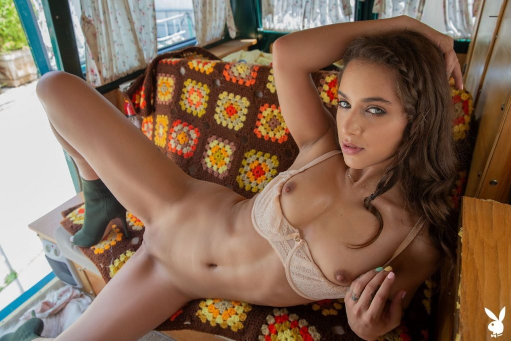 Uma Jolie Nude (40 Photos)