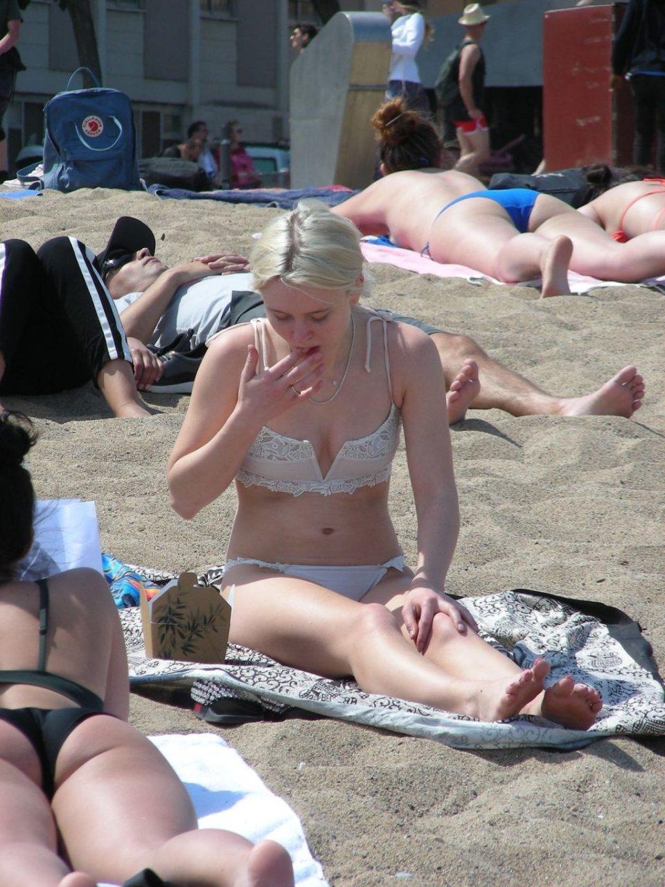 Zara Larsson Sexy (23 Photos)