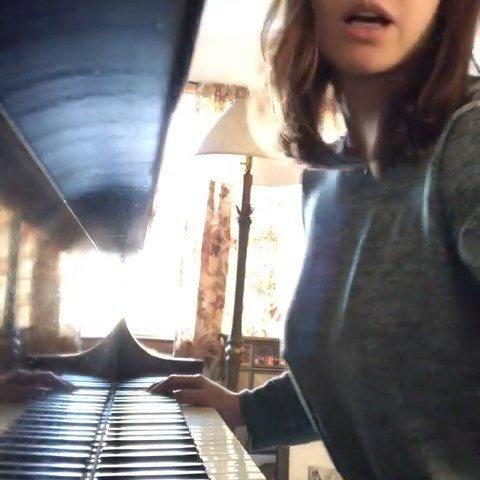 Alexandra Daddario's Pokies (4 Pics + GIF & Video)