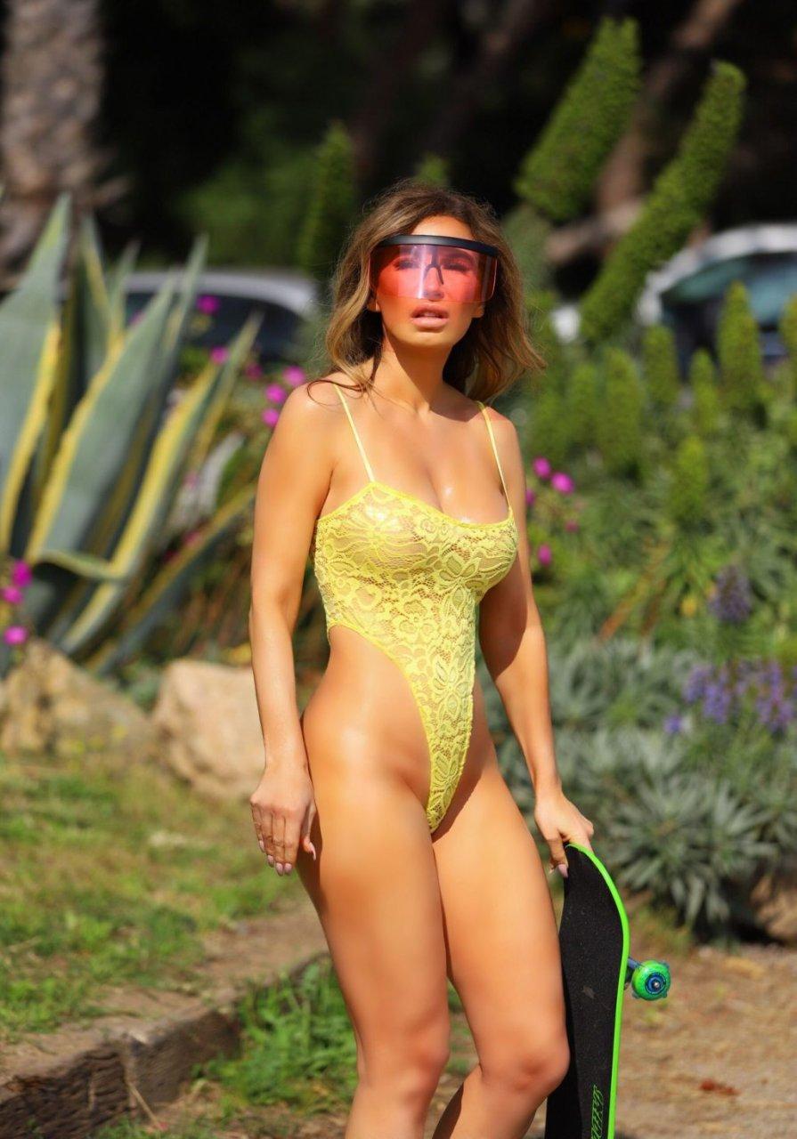Ana Braga See Through (21 New Photos)