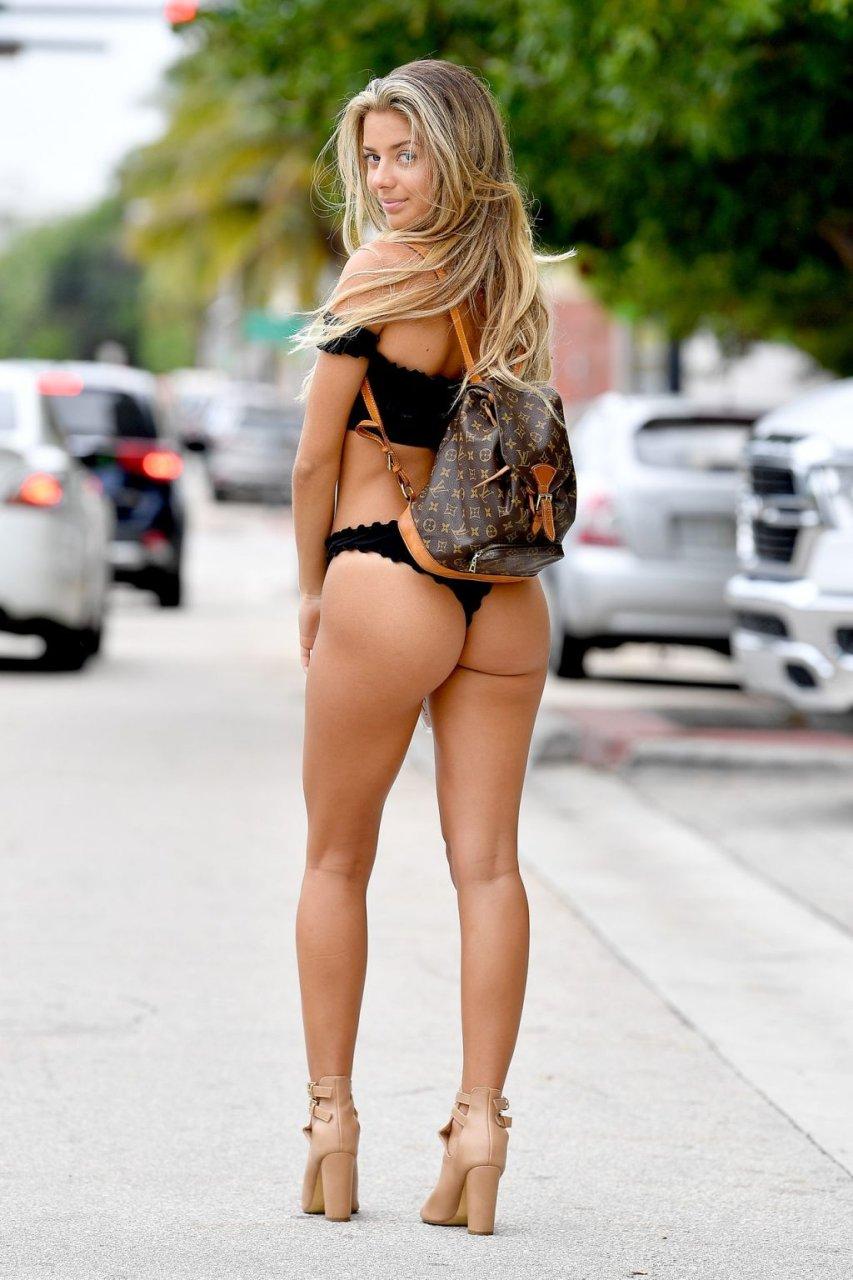 Brianna Aviles Sexy (16 Photos)