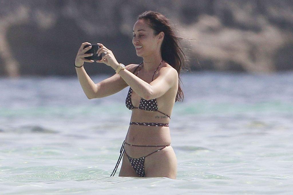 Cara Santana Sexy (69 Photos)