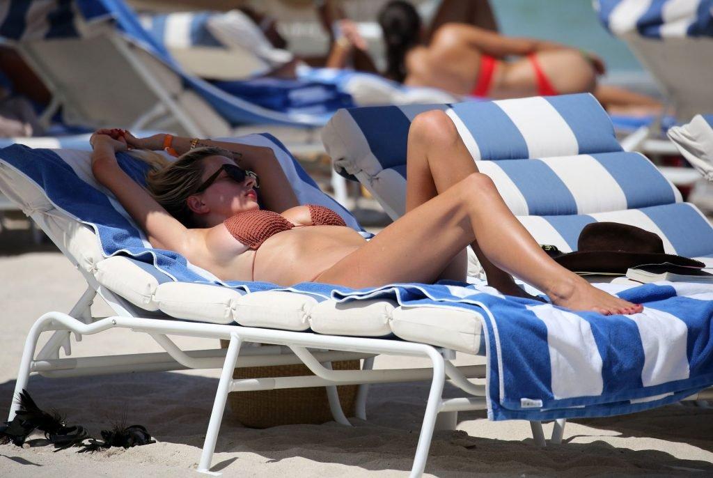 Caroline-Vreeland-Sexy-TheFappeningBlog.com-11-1-1024x686.jpg