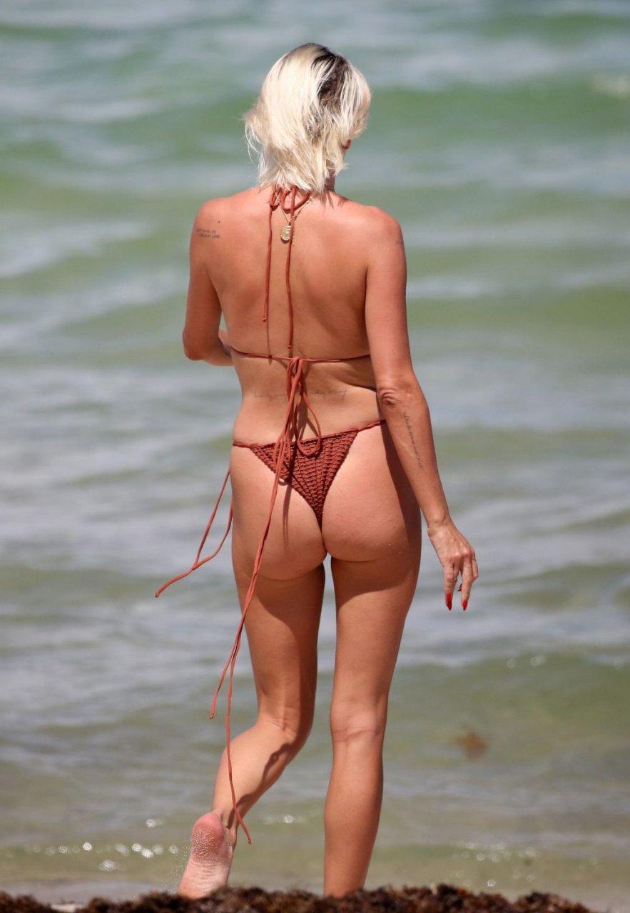 Caroline-Vreeland-Sexy-TheFappeningBlog.com-15-1024x1484.jpg