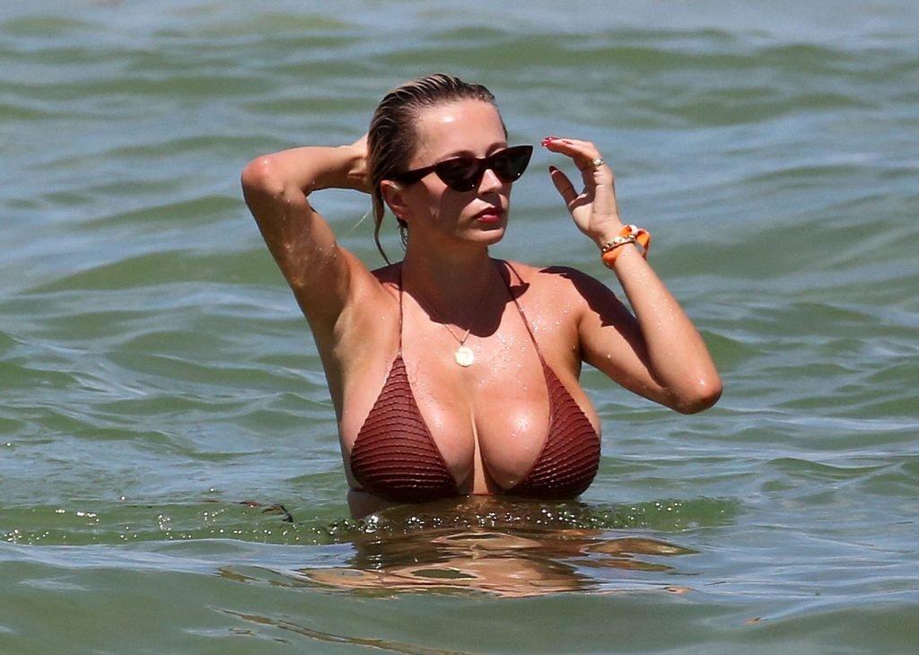 Caroline-Vreeland-Sexy-TheFappeningBlog.com-18-1024x730.jpg