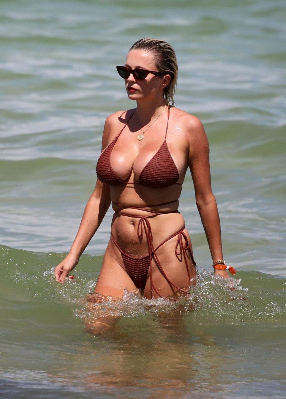 Caroline-Vreeland-Sexy-TheFappeningBlog.com-24-1024x1426.jpg