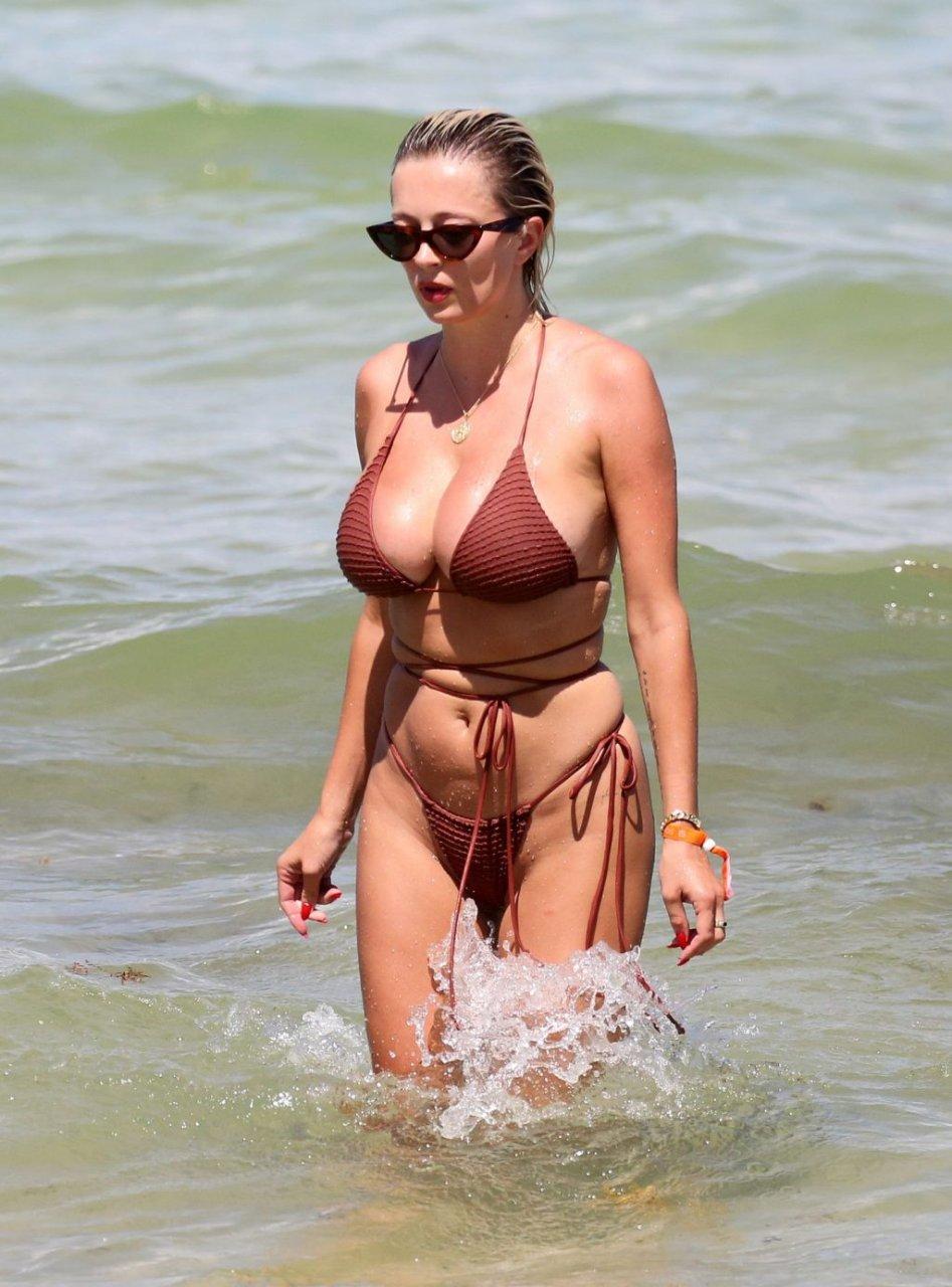 Caroline-Vreeland-Sexy-TheFappeningBlog.com-25-1024x1384.jpg