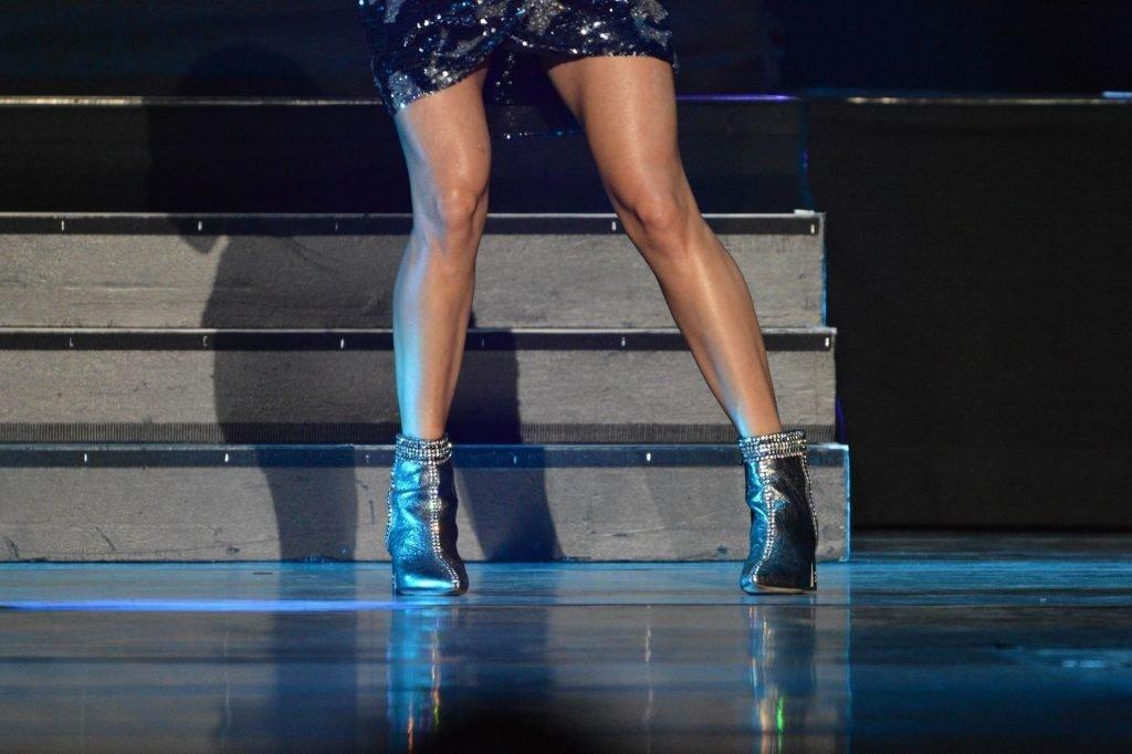 Carrie Underwood Sexy (41 Photos)