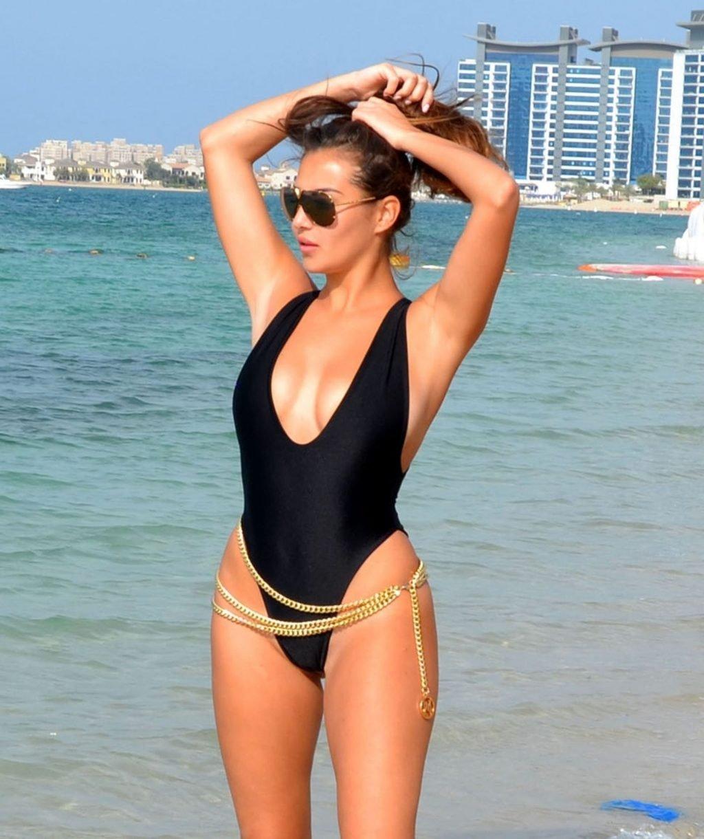 Chloe Goodman Sexy (20 New Photos)